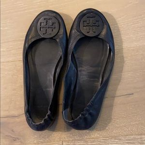 NEW Tory Burch Black Leather Flat Size 9